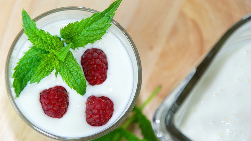 Kefir is a refreshing drink with a sour and slightly bitter taste.