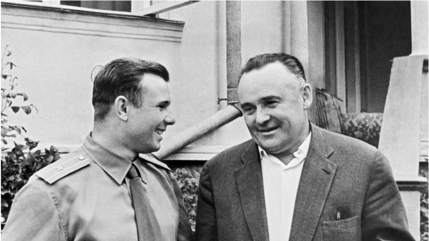 Jurij Gagarin in Sergej Koroljov, 5. februar 1961.