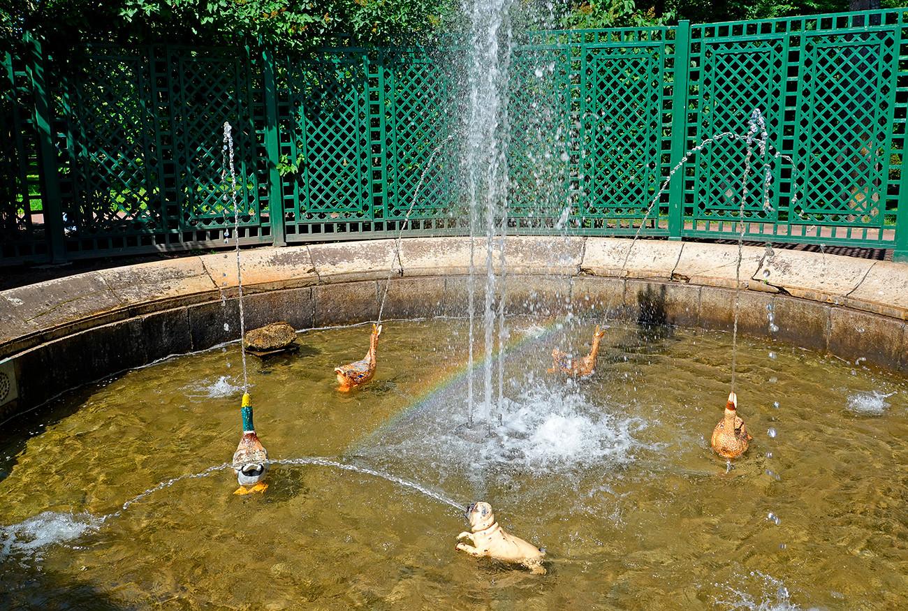Fonte Favorita é inspirada em fábula de La Fontaine.