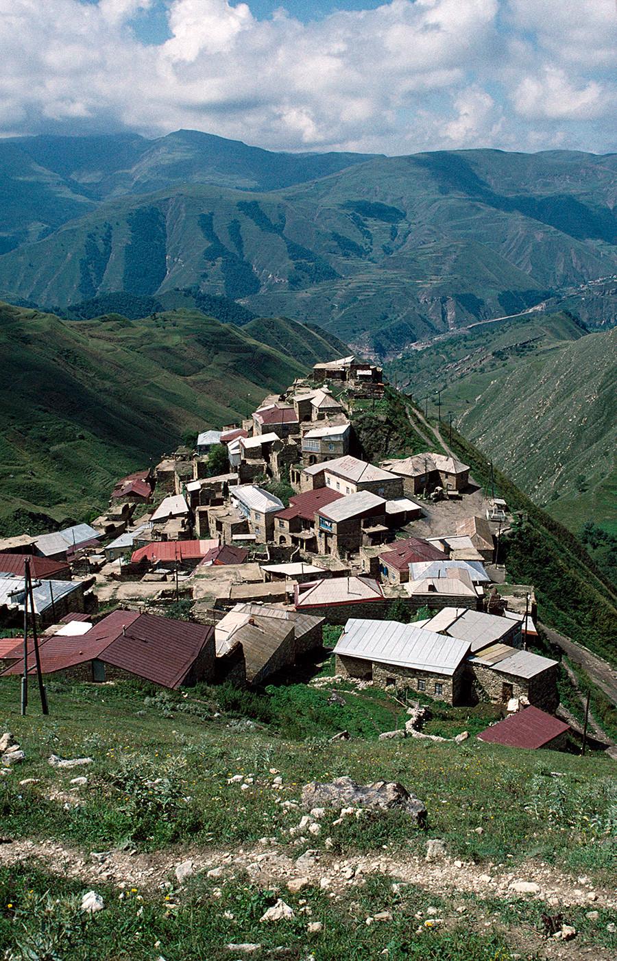 Dagestanski karavanseraj (obcestna postojanka) ob Svileni poti.