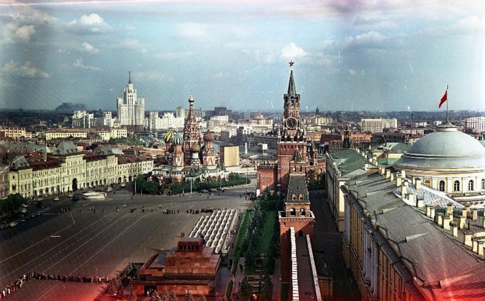 赤の広場、1960年代。