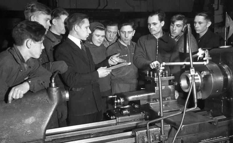 Техническа школа на фабрика