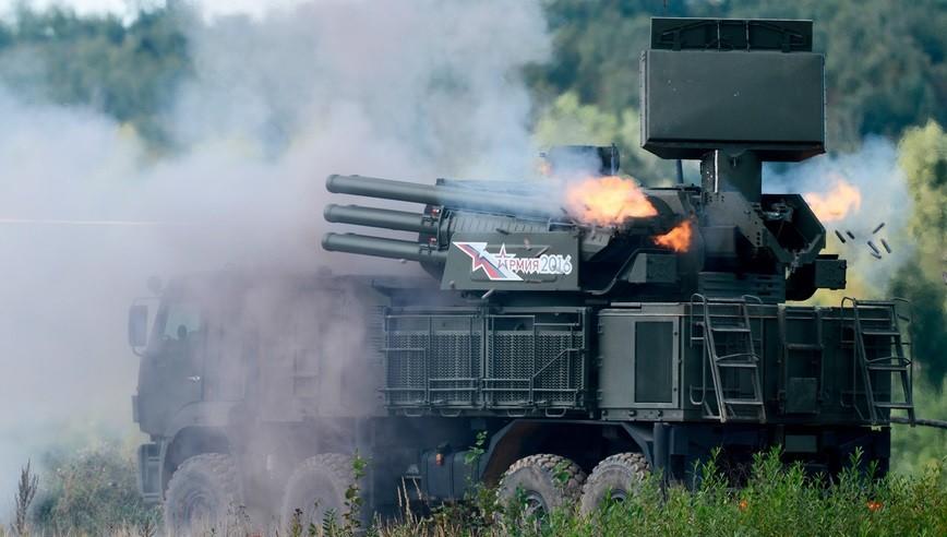 Zenitni raketno-topovski sistem 96K6 »Pancir-S1« na Mednarodnem vojaško-tehnološkem forumu Armija 2016 na vojaškem poligonu Alabino.