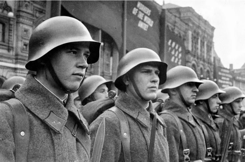 Vojaki rdeče armade ZSSR.