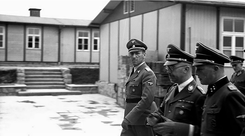 Koncentracijsko taborišče Mauthausen. Himmler, Kaltenbrunner in Ziereis.