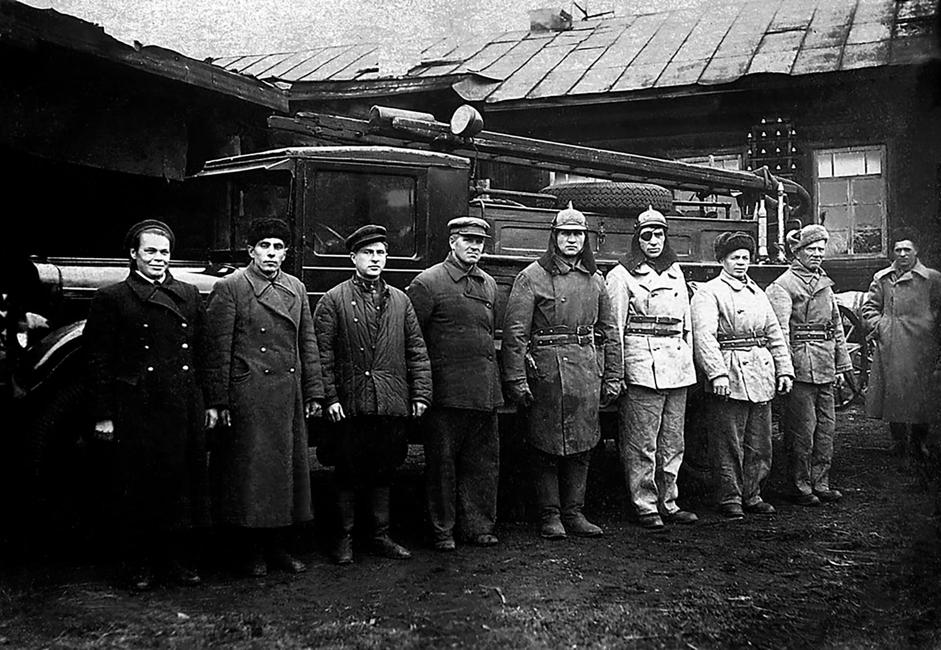 Übung im Lager Wsewobutscha der Fabrik