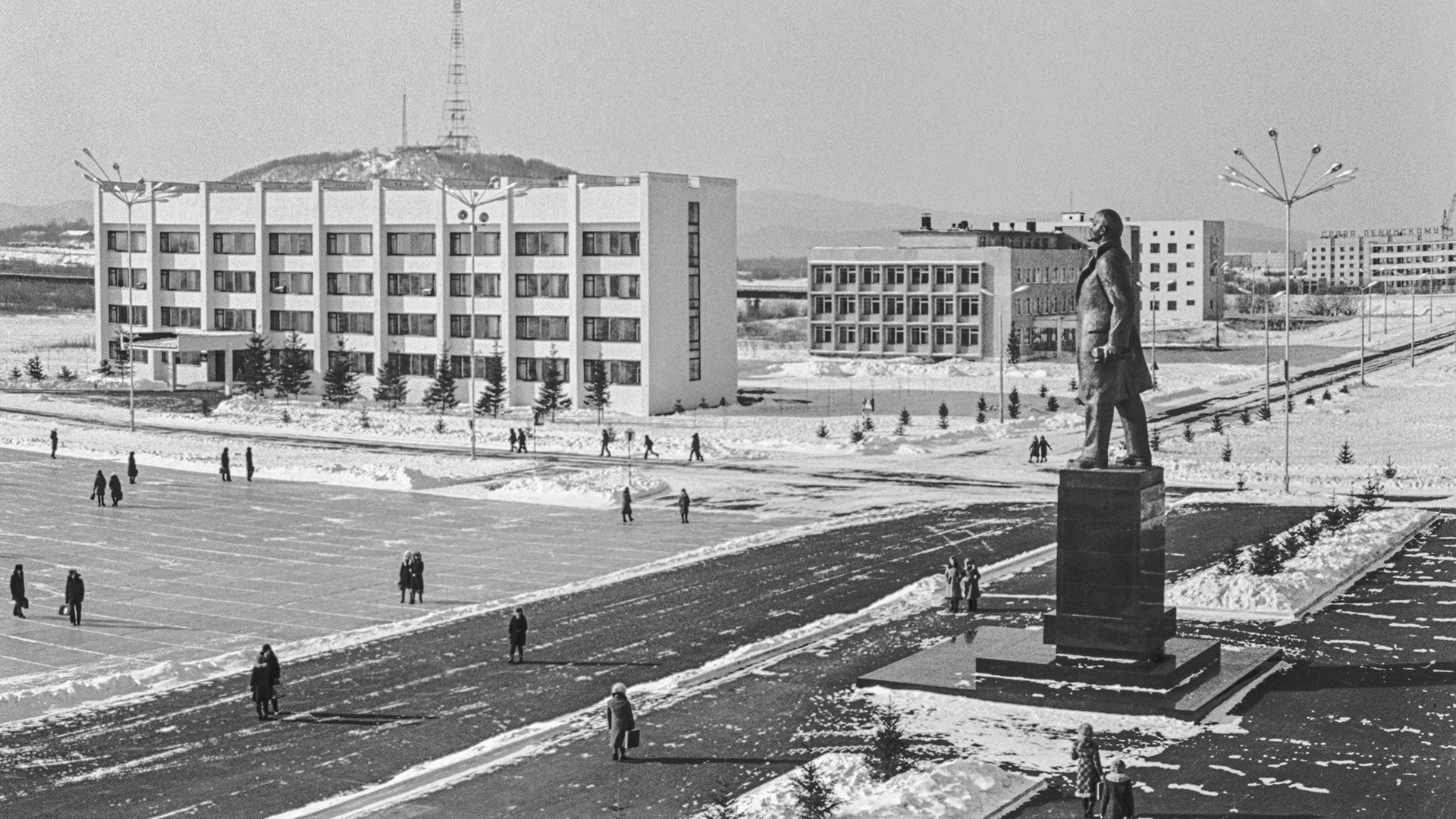 Praça Lênin, em Birobidjan, nos tempos da URSS.