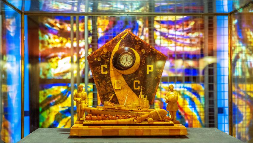 Ura Epoh v Jantarnem muzeju.