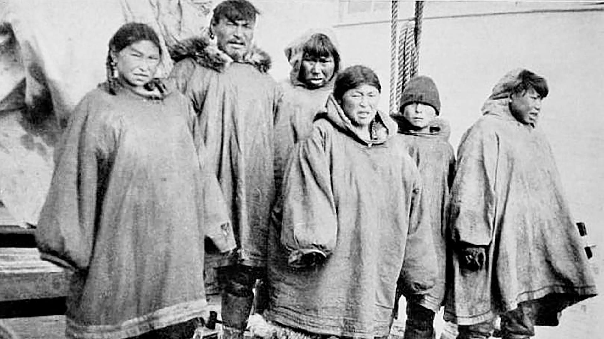 Chukchi residents of a remote Uelen village (1913). By that time the Chukchi reached peace with Russia.