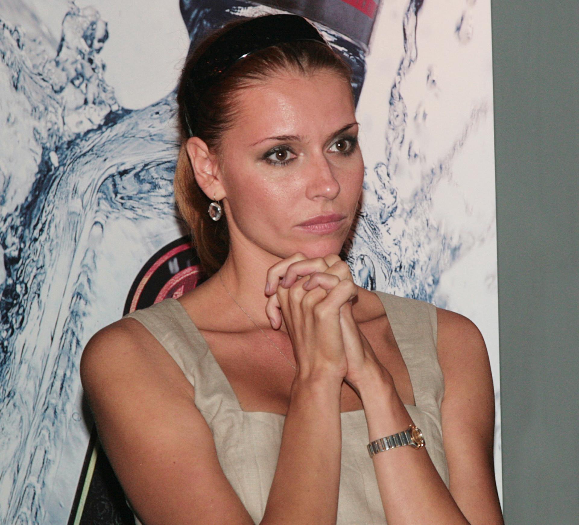 A atriz Liubov Tolkalina, que defende e romantiza o assédio.