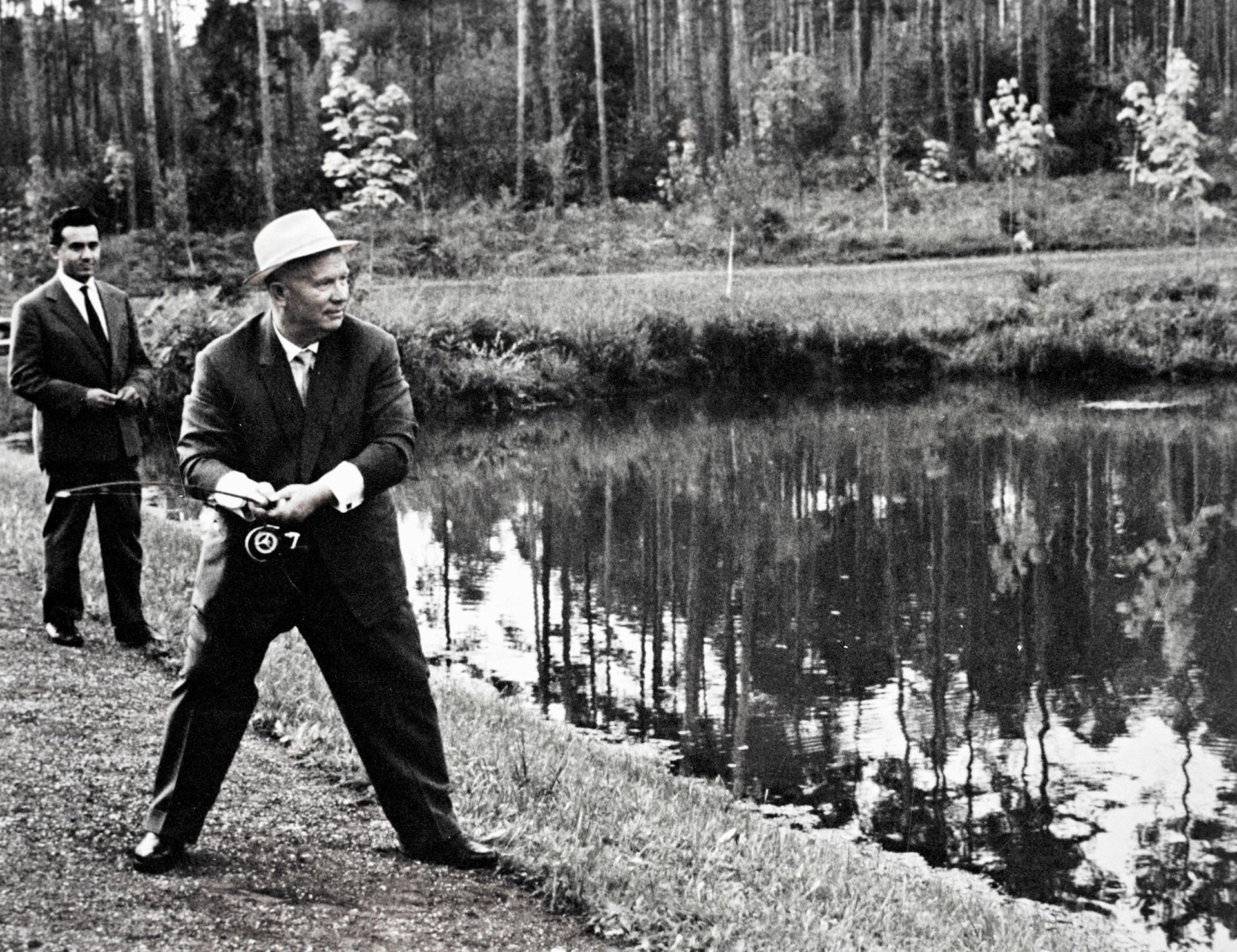 Nikita Chruschtschjow war ein großer Angel- und Jagdfan.