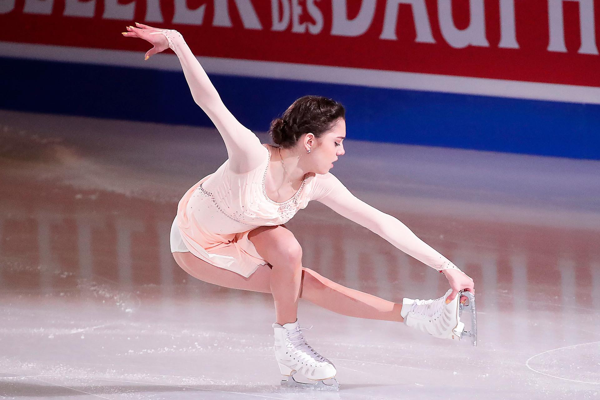 Evgenia Medvedeva aux Championnats du monde d'Helsinki.