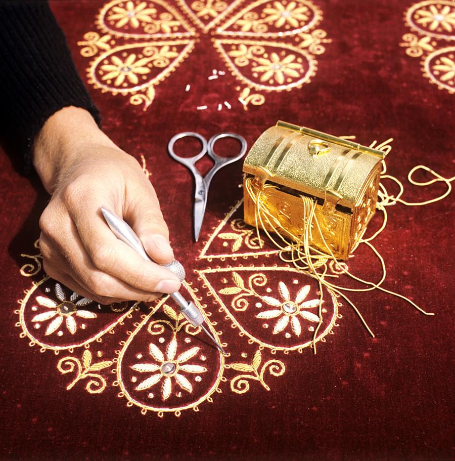 'Eine Goldstick-Meisterin bei der Arbeit