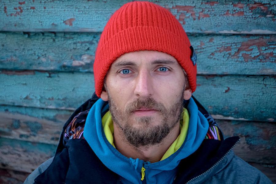 Morador de São Petersburgo, Serguêi Rasshivaev começou a surfar aos 23 anos.