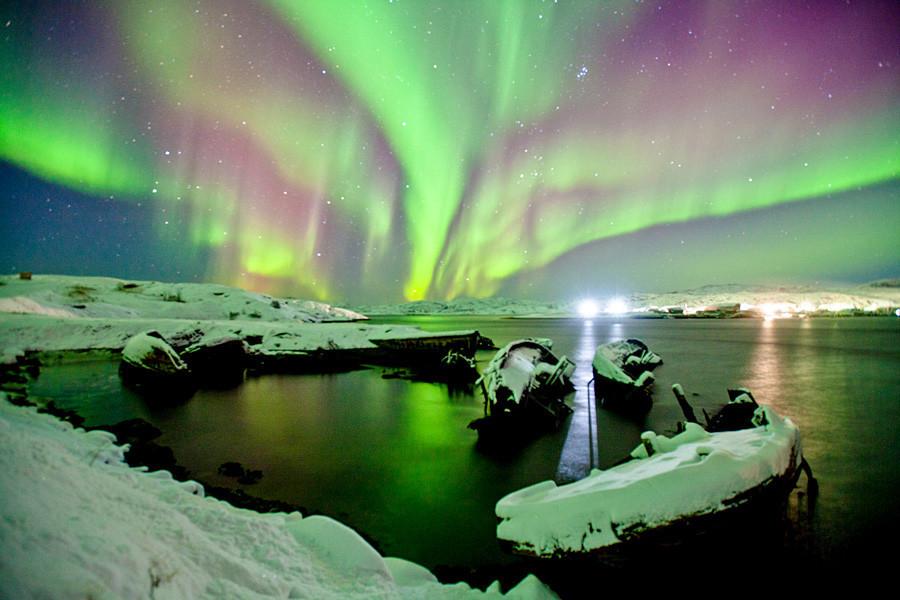 Aurora Boreal, efeito no céu que só pode ser visto de regiões polares.
