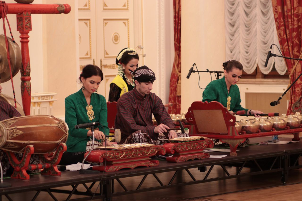Pertunjukan Gamelan.