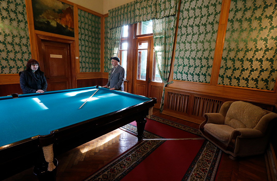 This year, part of Stalin's Sochi residence is under renovation.