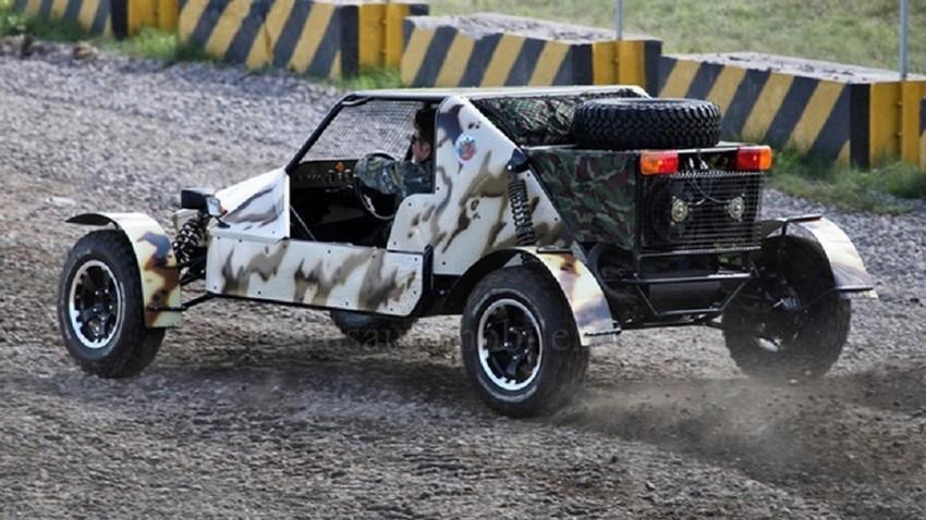 "Бъги за придвижване по мочурливи терени на име УРА или ""ударно-разузнавателен автомобил""."
