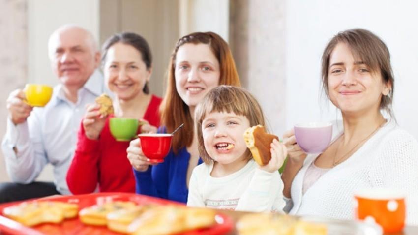 Če se boste dodobra spoznali s kakšnimi Rusi, ne bodite presenečeni, ko vas bodo povabili v svojo kuhinjo.