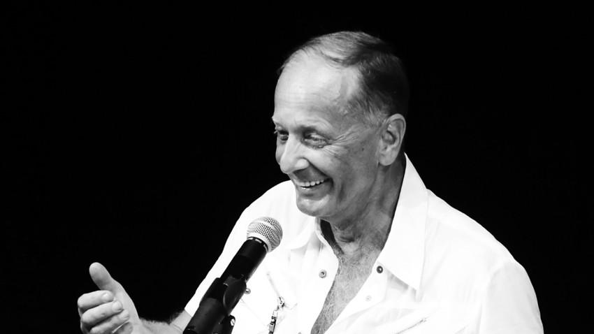 Michail Sadornow bei einem Auftritt in Sankt Petersburg, 2010
