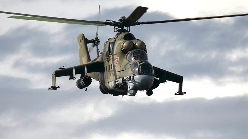 Helicóptero de la Fuerza Aérea Rusa Mil Mi-24P.