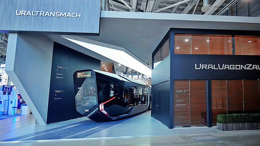 "Прототип на трамвајот ""R1"" (Russia One)"