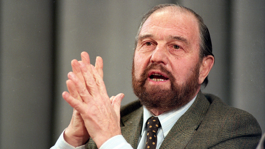 George Blake gestures during a news conference in Moscow on January 15, 1992