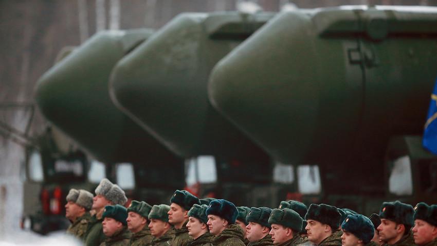 RS-24 Jars mobilna balistička interkontinentalna raketa Tejkovske divizije na probi Parade Pobjede.