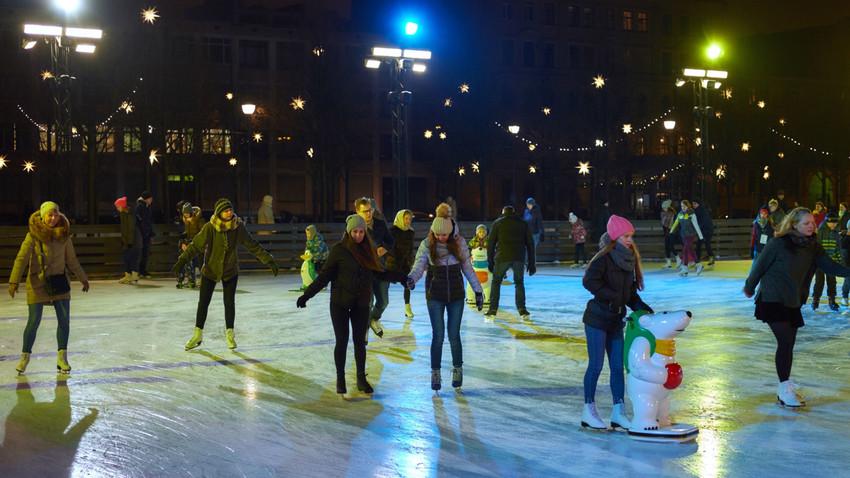 新オランダ島のスケート場