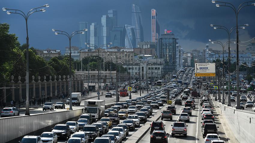 """Ако никога не сте ходили в Москва, едва ли знаете какво е """"задръстване""""."""