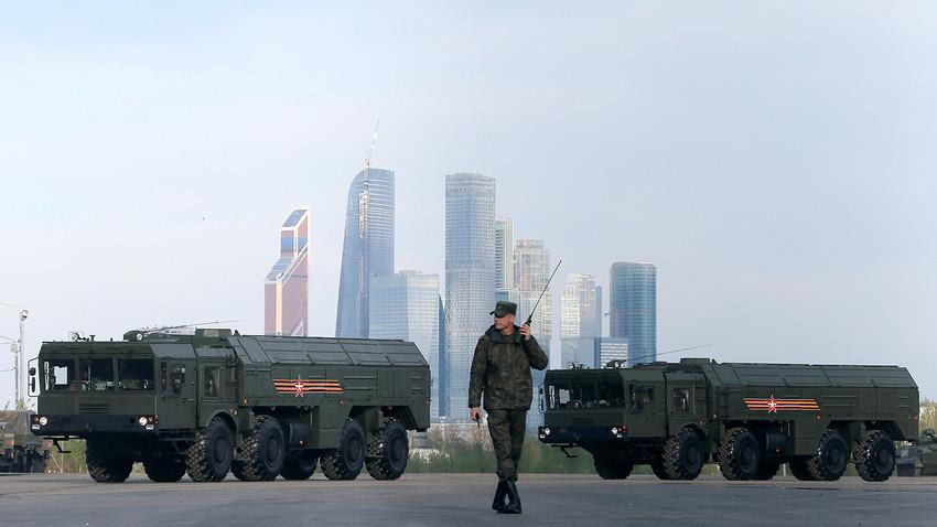 """Сегашната верзија на системот """"Искандер-М"""" може да уништува непријателски објекти оддалечени 500 км."""