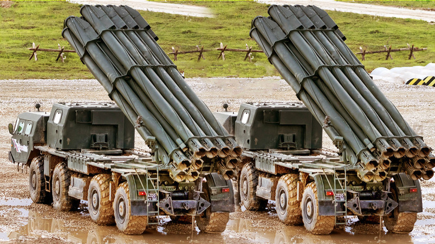 """Višecijevni bacači u kalibru 300 mm - 9K58 """"Smerč""""."""