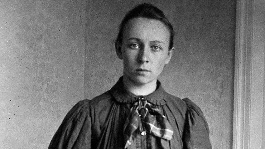 """Retrato de Liza Diákonova. Primeira feminista russa se achava """"feia""""."""