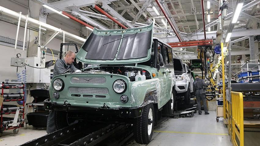 Criação de linha de montagem de carros russos no México facilitaria fornecimento de veículos ao mercado latino-americano, especialmente aos países que assinaram o NAFTA.