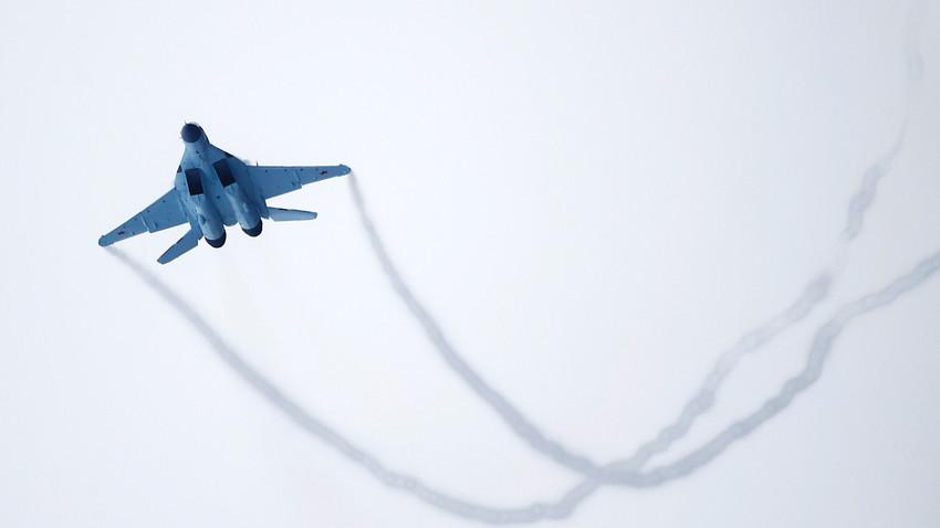 MiG-35.