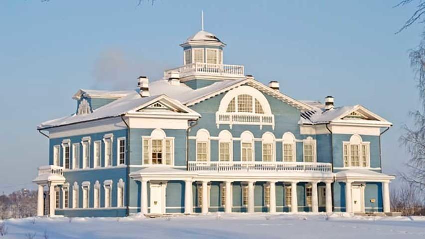Das Galskoj-Landhaus am Scheksna-Fluss