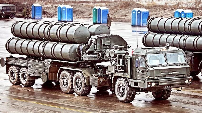 """С-400 """"Тријумф""""."""