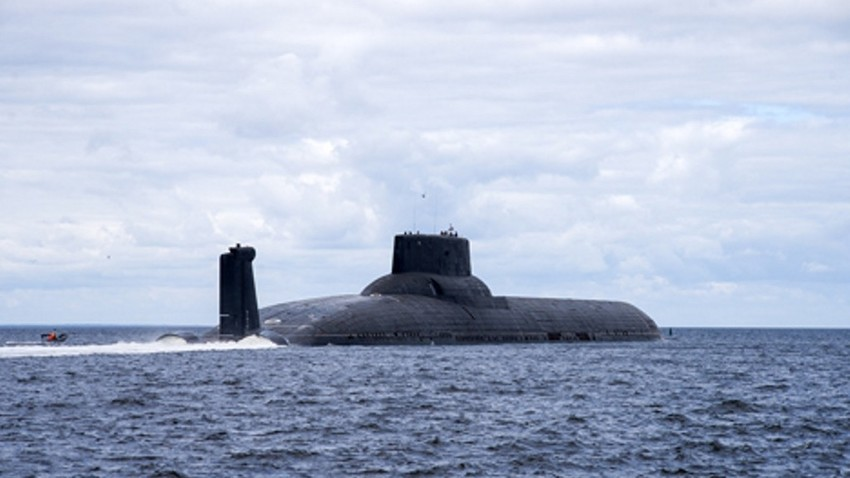 """Атомната подводница """"Акула"""" е най-голямата в света."""
