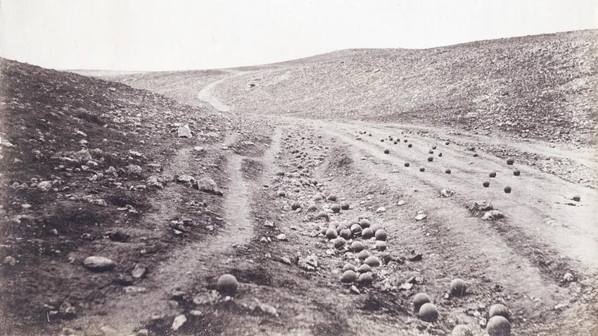 Roger Fenton: Das Tal der Schatten der Toten