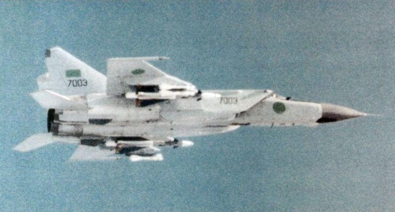 MiG-25 líbico