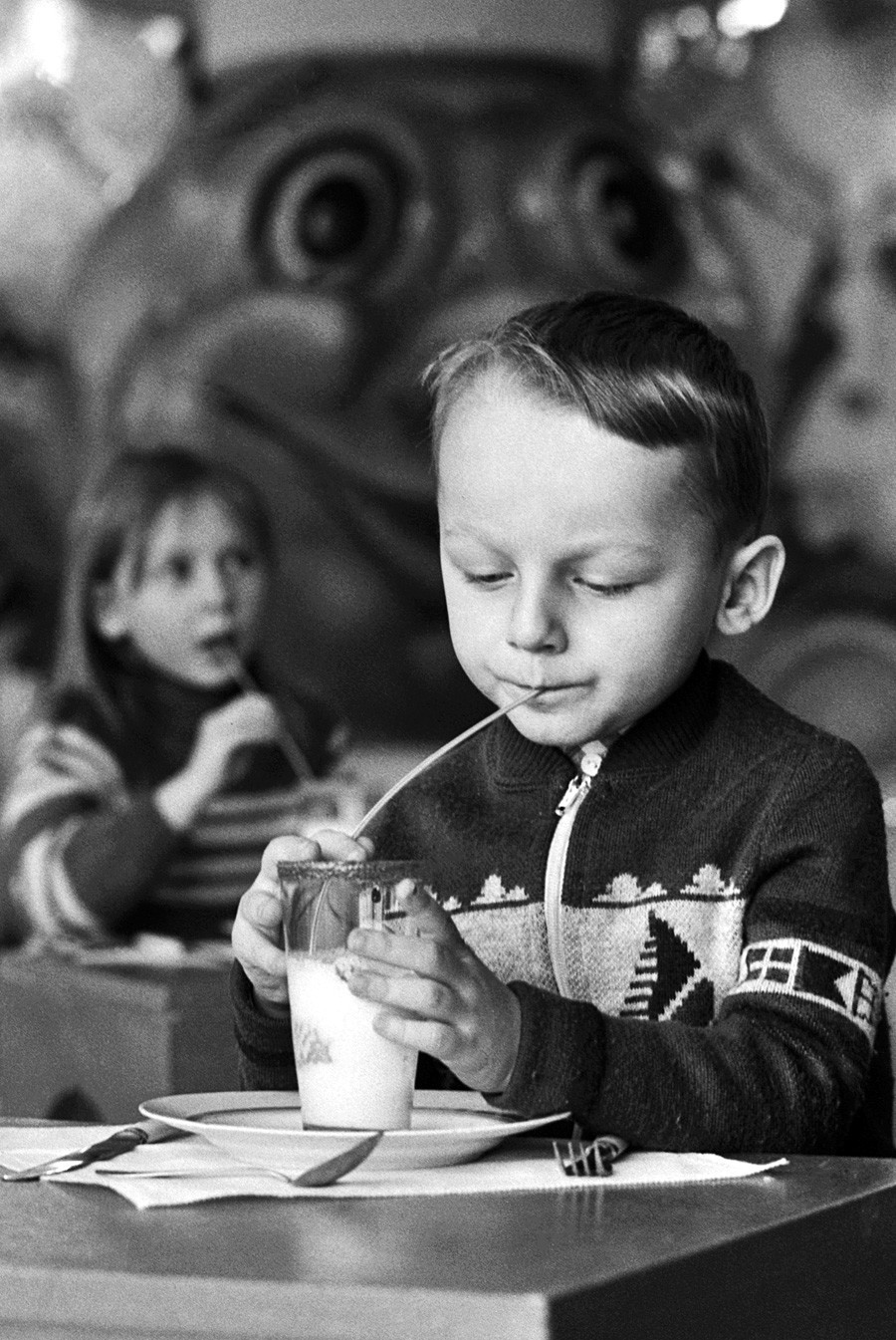 Os milkshakes também podiam ser feitos em casa, mas infelizmente os caseiros tinham menos espuma em cima.