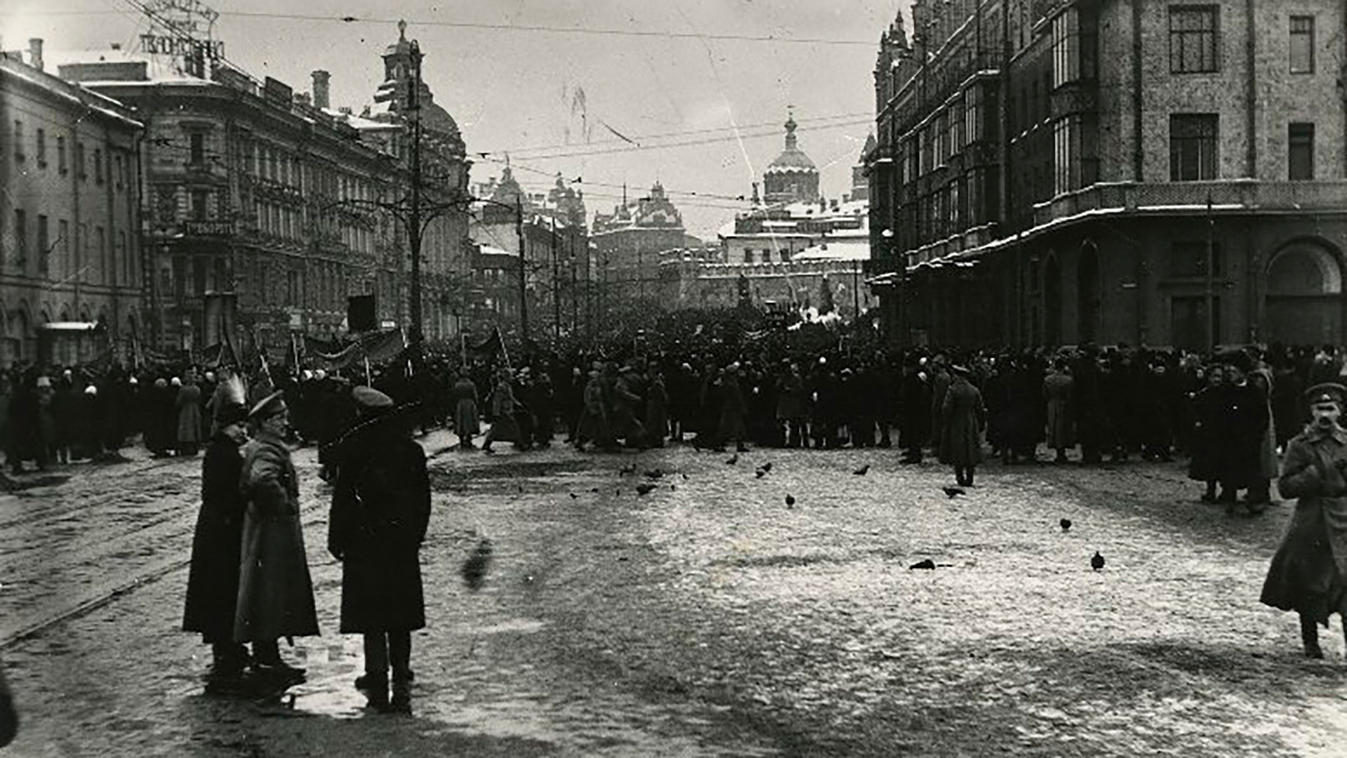 First days of the Revolution in Moscow