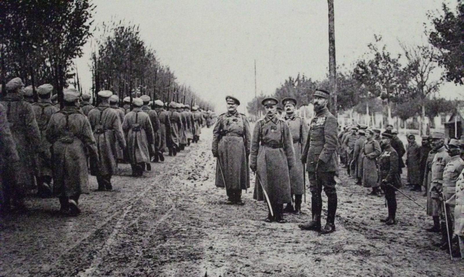 Ruski vojaki na fronti.