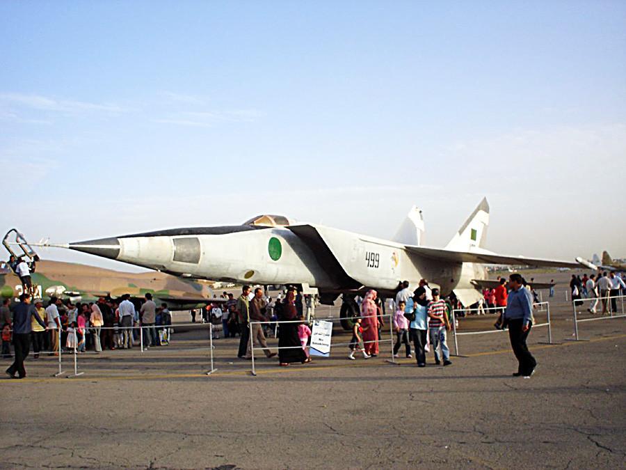 Libyan MiG-25