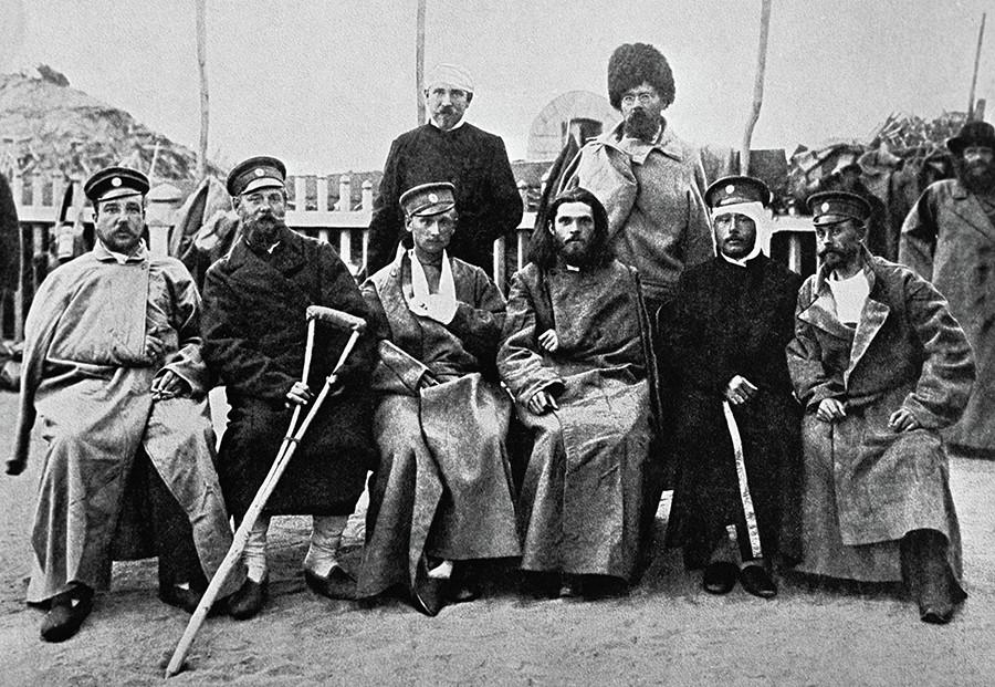 日本にロシア人将兵の捕虜が送られてくると、日本ハリストス正教会(日本正教会)は、その世話を始めた。