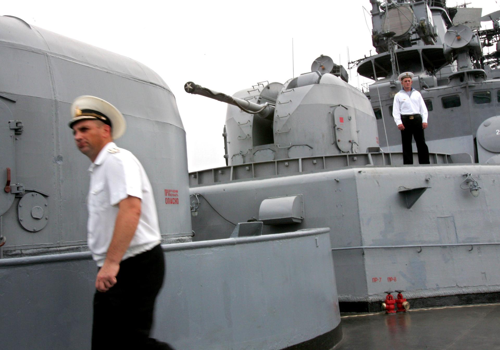 Pada Oktober 2015 lalu, 'Admiral Panteleyev' singgah di Tanjung Priok dengan misi mempererat hubungan militer antara Rusia dan Indonesia.