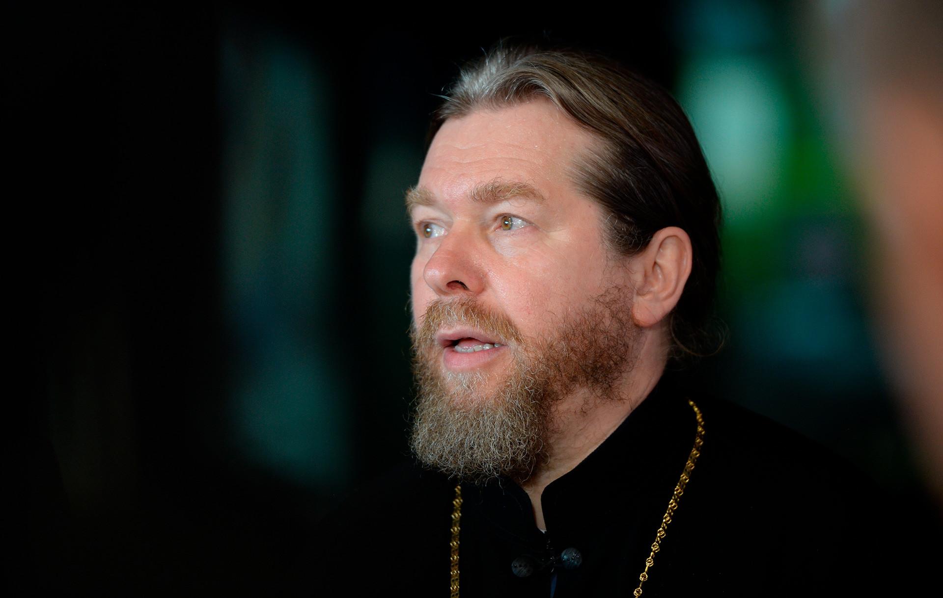 """Епископ јегорјевски Тихон (Шевкунов) на отварању регионалног мултимедијског историјског парка """"Русија: моја историја"""" у Јекатеринбургу."""