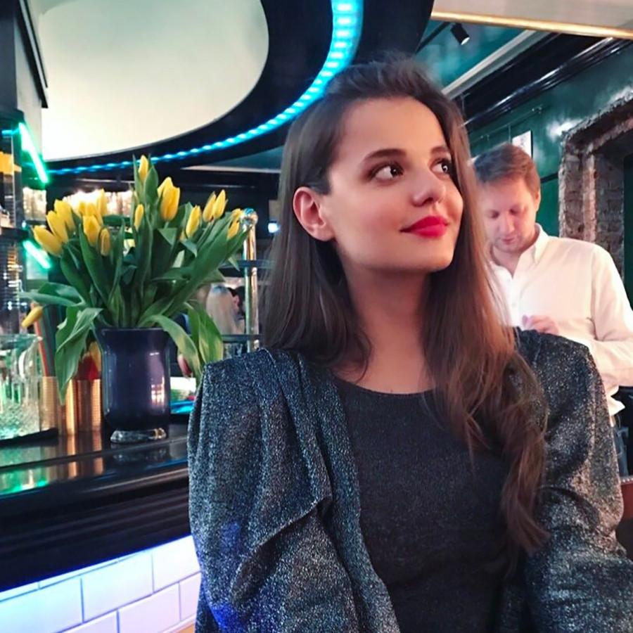 Paras Markovskaya yang cantik sontak menggemparkan media sosial.