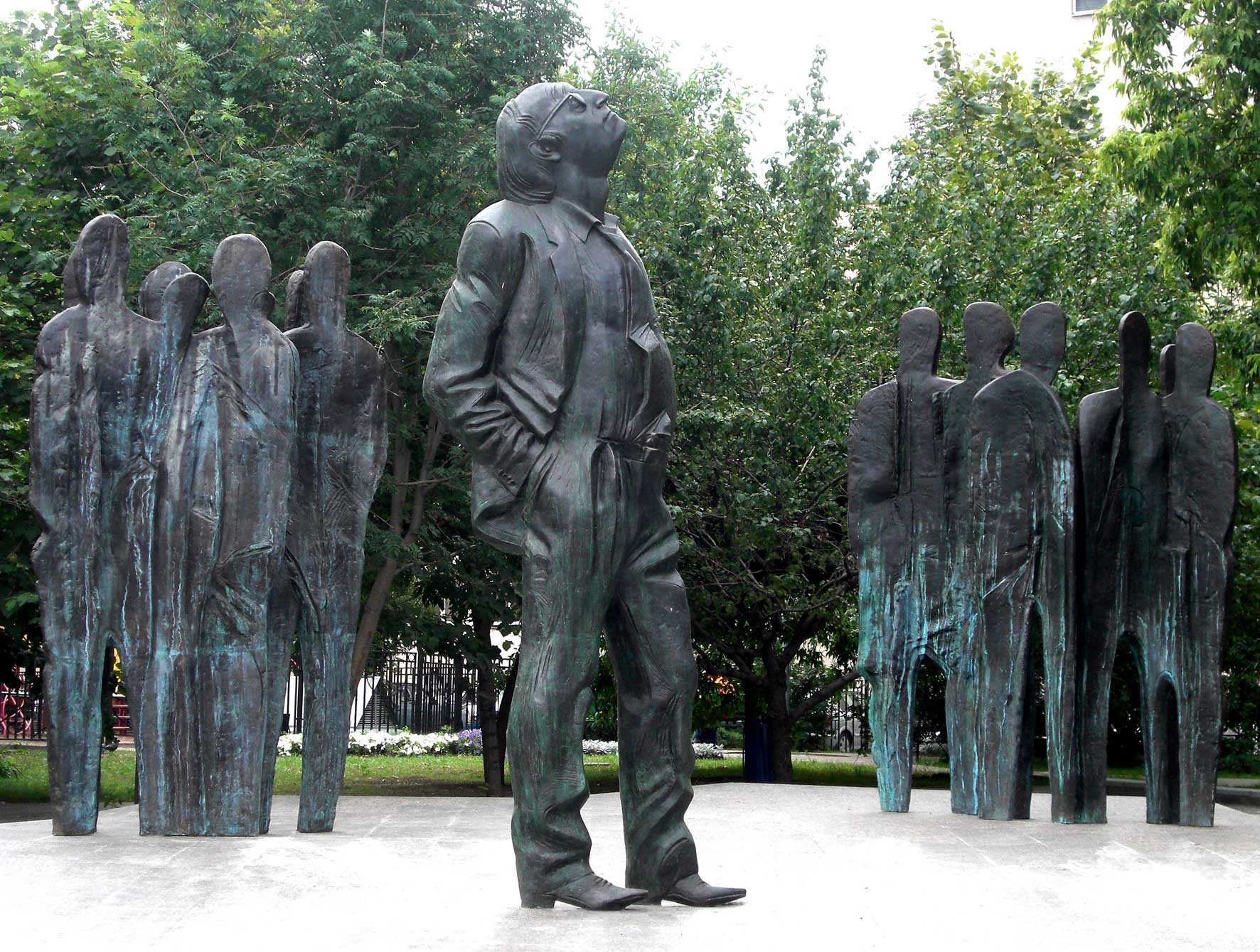 A monument to Brodsky in Moscow