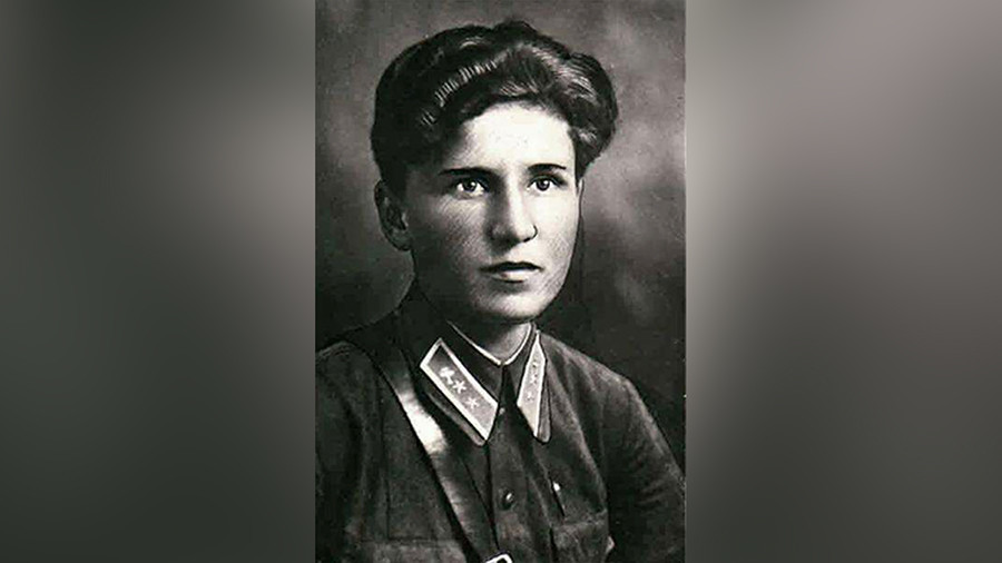 Ekaterina Budanova, ao contrário da quieta Lídia, era engraçada e